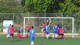 Στιγμιότυπο από το νικηφόρο παιχνίδι του Ηρακλή Θυμιανών με 5-1 επί του Ποσειδώνα Καρδαμύλων, για την προτελευταία αγωνιστική της Α' Κατηγορίας. Φωτό: www.iraklis1958.gr