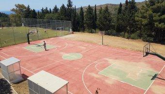 Καθαρό το γήπεδο στη Βολισσό