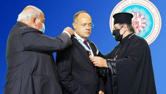 Ολοκληρώθηκε η θητεία του Ανδρέα Μιχαηλίδη ως Γ.Γ. στη ΔΣΟ και του απονεμήθηκε ο Σταυρός του Αγίου Μάρκου από τον Πατριάρχη Αλεξανδρείας
