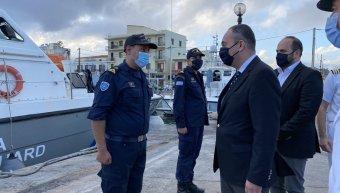 Επίσκεψη Πλακιωτάκη σε Λιμεναρχείο Χίου