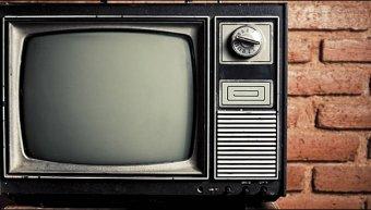 Στη δεκαετία του '70 άρχισε το κουβάλημα των εγχρώμων τηλεοράσεων από τους ναυτικούς