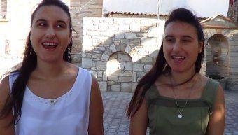 Οι δίδυμες αδελφές, Μαρία και Δέσποινα Κοσσένα