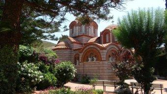 Στο Μοναστήρι των Οινουσσών