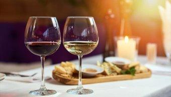 κόκκινο και λευκό κρασί