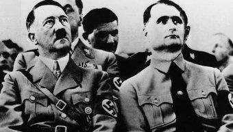 Αδόλφος Χίτλερ & Ρούντολφ Ες