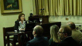 Η κεντρική ομιλήτρια Αθηνά Ζαχαρού - Λουτράρη