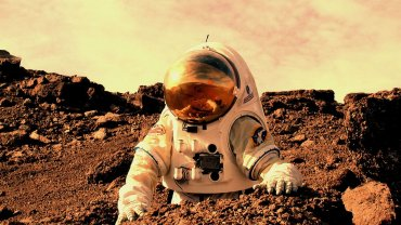 astronaut_working_on_mars