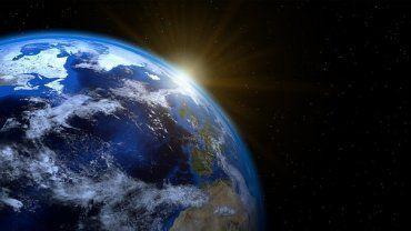 Πλανήτης, Γη
