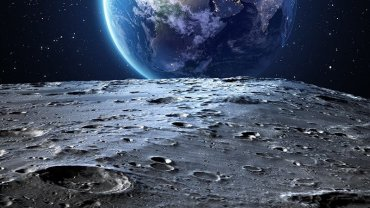 moon_earth