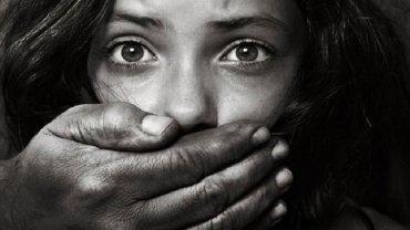 Μόλις το 1% των περιστατικών παιδικής κακοποίησης καταγγέλλεται στις Αρχές