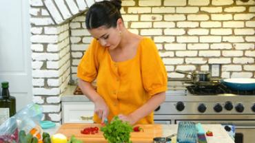 selena-gomez-chef