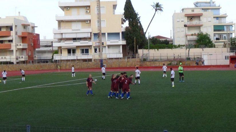 Οι παίκτες του Ατρόμητου πανηγυρίζουν το πρώτο τέρμα της ομάδας τους
