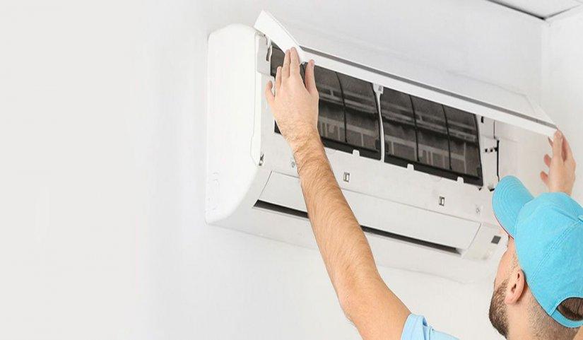Η εγκατάσταση κλιματιστικού είναι συνήθως μια σύνθετη υπόθεση την οποία πρέπει να αναλάβει επαγγελματίας ψυκτικός