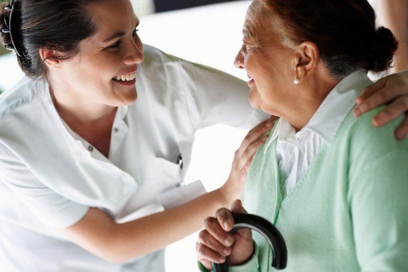 Καμιά δουλειά δεν είναι ντροπή πόσω μάλλον η φροντίδα ηλικιωμένων και ανήμπορων ανθρώπων
