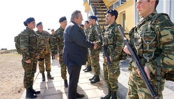 Ο υπουργός Αμυνας στο Φυλάκιο της Παναγιάς
