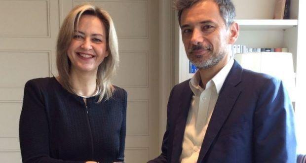 Η Νάντια Σταυρογιάννη, διευθύνουσα σύμβουλος της Resolute με τον Γιάννη Καντώρο, διευθύνοντα σύμβουλο της INTERAMERICAN