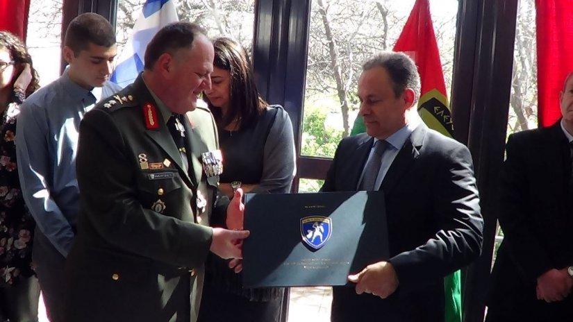 Από την πρόσφατη επίσκεψη του Στρατηγού στην αλλαγή Φρουράς της 96 ΑΔΤΕ