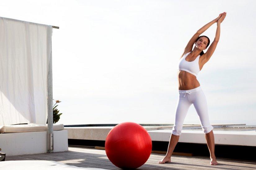 Ασκήσεις όπως τα push ups ή οι ασκήσεις με μεγάλα βάρη και μπάρες με πολλές επαναλήψεις σε καθημερινή βάση μπορεί να προκαλέσουν πόνο.