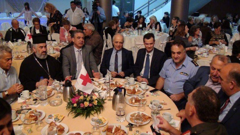 48729188b3 Ελληνικός Ερυθρός Σταυρός- Τμήμα Χίου. Επιτυχής δράση για προσφορές  Χριστουγέννων.
