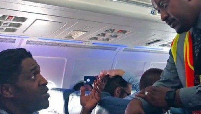 Αντιδράσεις από άλλους επιβάτες καθώς υπήρχε καθυστέρηση στην απογείωση