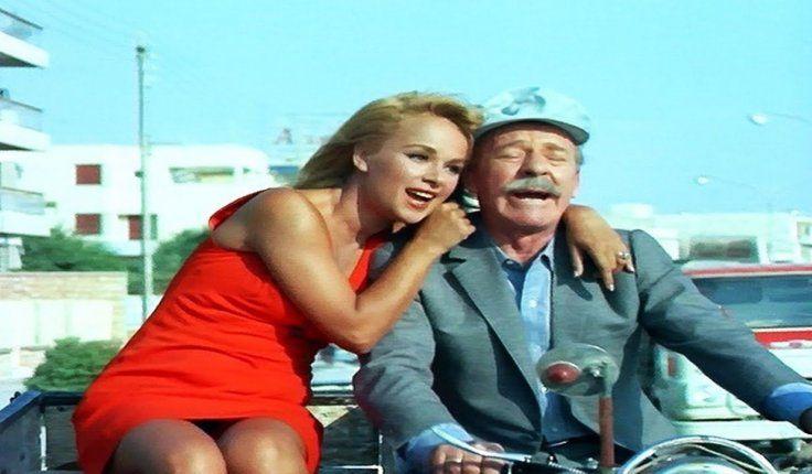Η Αλίκη Βουγιουκλάκη με τον Λαυρέντη Διανέλλο