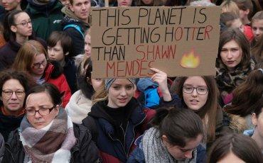 διαδήλωση νέων για το κλίμα