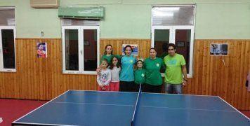 Η γυναικεία ομάδα της Βοκαριάς Νενήτων στο πινγκ-πονγκ