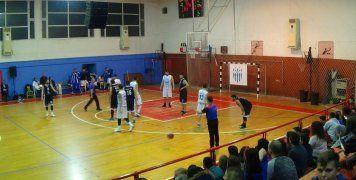 Στιγμιότυπο από τον τελικό του Κυπέλλου Χίου των Ανδρών στο μπάσκετ, ανάμεσα σε ΒΑΟΛ και Όμηρο