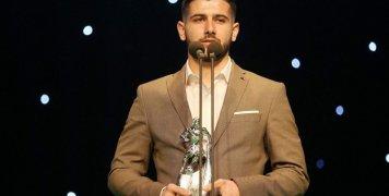 Καλύτερος νέος ποδοσφαιριστής της Football League ο Γιώργος Ξύδας