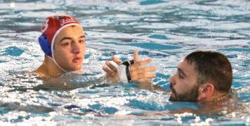 Σημαντική η συνεισφορά του Γιάννη Καρακούρου στη νίκη της ομάδας του επί του Πανιωνίου στη Νέα Σμύρνη-Φωτογραφία: Αλέξ. Μαρόπουλος-newsports.eu