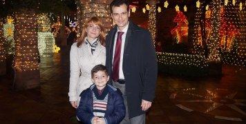Ο Δήμαρχος Χίου με την οικογένειά του