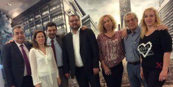 Ο Τάσος Ηλιακόπουλος, γενικός διευθυντής πωλήσεων & marketing INTERAMERICAN, με τη διοικητική ομάδα για το δίκτυο πρακτόρων και μεσιτών: Μάριο Μοσχονά (διευθυντή), Αλέκο Σαλαγκούδη (διευθυντή πωλήσεων για τις συνεργασίες κεντρικής και βόρειας Ελλάδος) και
