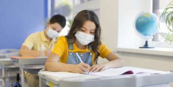 kids_back_in_school_with_masks