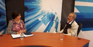 Ο Χρήστος Οικονόμου συζητά με την Ειρήνη Αναγνώστου για το θέμα των συντάξεων