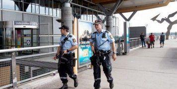 «Οι αστυνομικοί που περιπολούν θα φέρουν όπλα μέχρι νεωτέρας», διέταξαν οι αστυνομικές αρχές