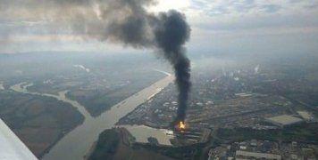 Βίντεο καταγράφουν το μέγεθος της καταστροφής και τη μεγάλη φωτιά