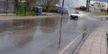 Λίμνη οι δρόμοι