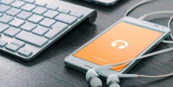 κινητό τηλέφωνο, ακουστικά, πληκτρολόγιο