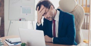 άνδρας, γραφείο, δουλειά, άγχος