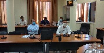 Παρουσία του υπουργού Μετανάστευσης, Νότη Μηταράκη, σύσκεψη των επικεφαλής των δημοτικών παρατάξεων του δημοτικού Συμβουλίου Χίου