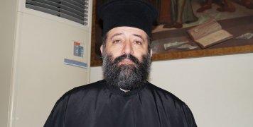 Ο π. Γεώργιος Κωνσταντίνου, εκπρ. Τύπου του ΙΣΚΕ και Πρόεδρος του Συνδέσμου Κληρικών Χίου