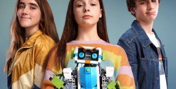 Η πρώτη ταινία μυθοπλασίας για τα παιδιά της εκπαιδευτικής ρομποτικής από την COSMOTE
